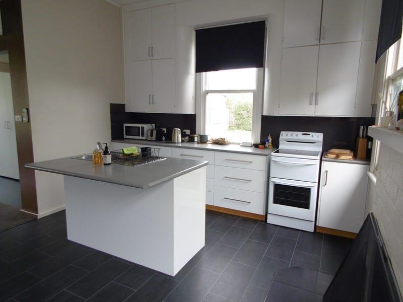 17 Robert Street, Smithton, Tas 7330