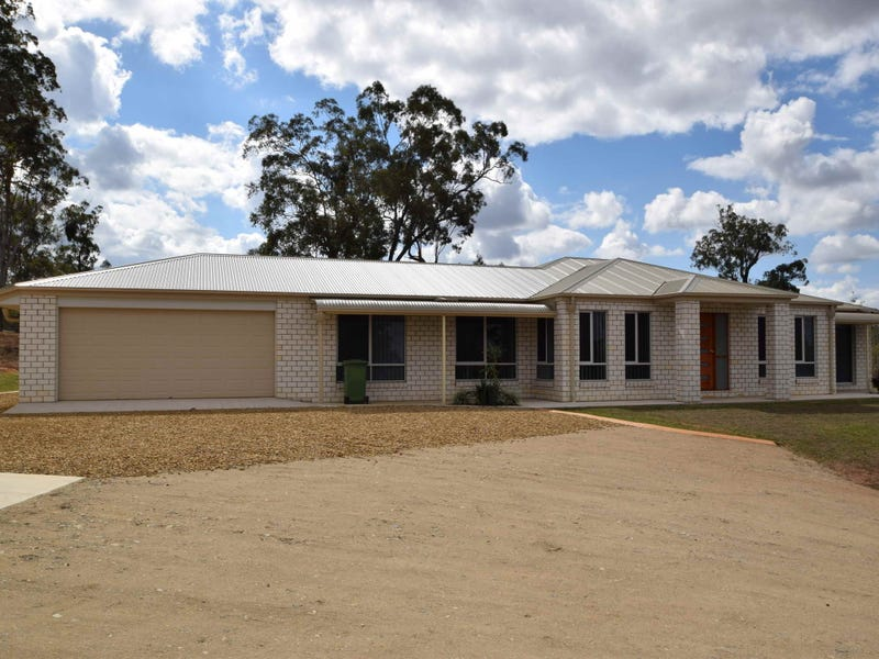 37 Essex Court, Mount Hallen, Qld 4312