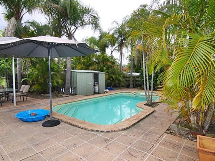 18 Voyager Court, Worongary, Qld 4213
