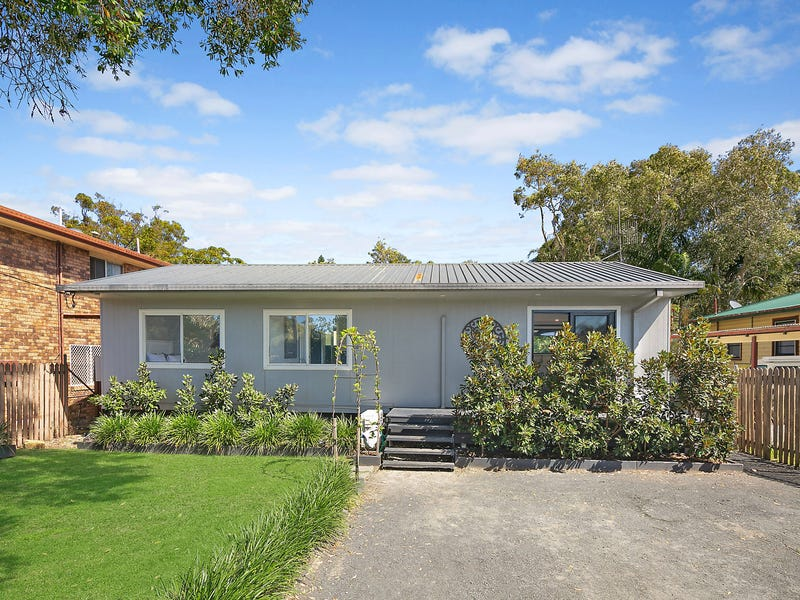 68 Diamond Head Drive, Sandy Beach, NSW 2456