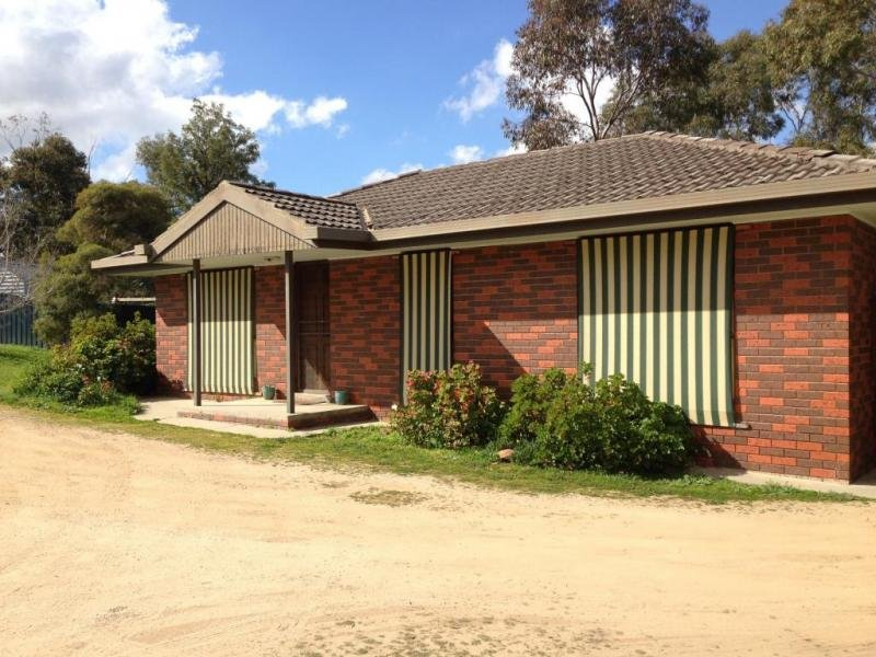 2/4 Richard Drive, Kangaroo Flat, Vic 3555