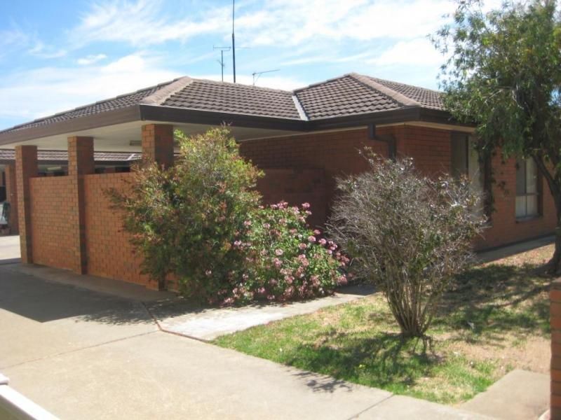 2 & 4/6 Echuca Street, Moama, NSW 2731