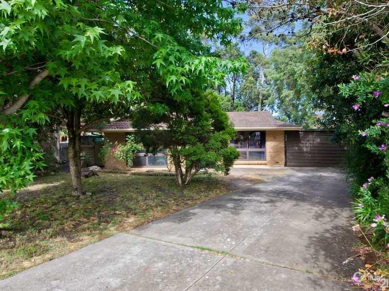 36 Oakridge Road, Aberfoyle Park, SA 5159