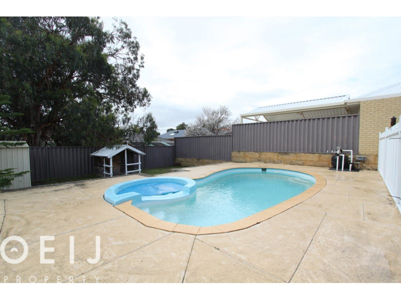 11 Lever Place, Willagee, WA 6156