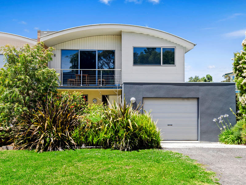 68 Pascoe Street, Apollo Bay, Vic 3233