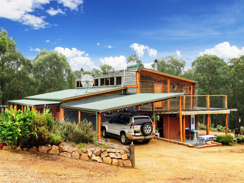 245 Waterholes Road Via Bairnsdale, Clifton Creek, Vic 3875