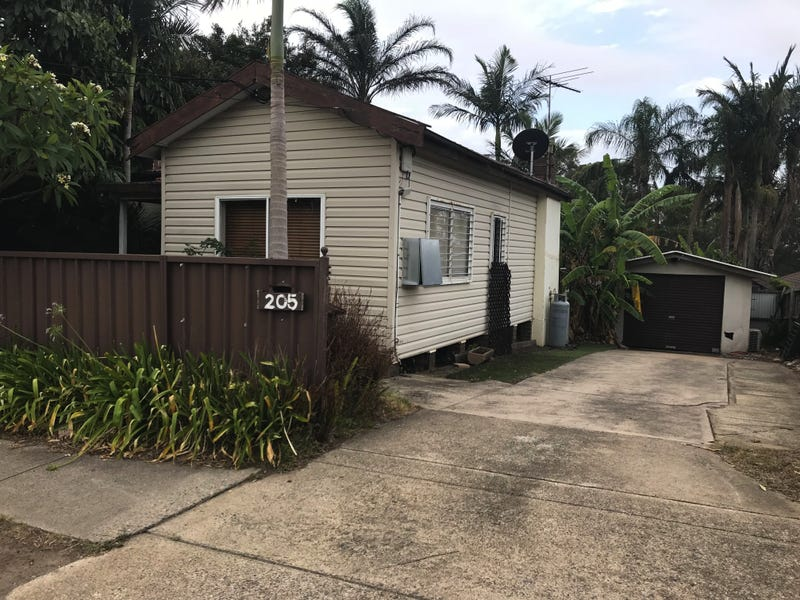 205 Old Windsor Road, Northmead