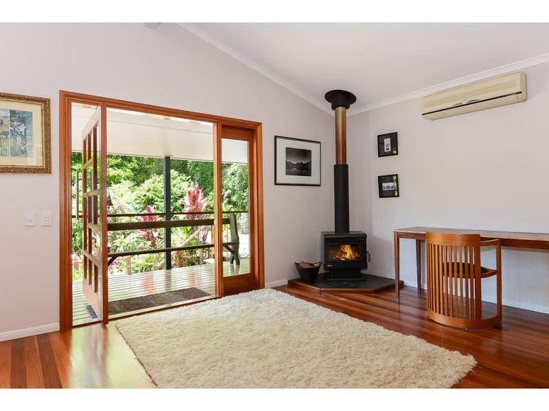 8 Cedar Wood Grove, Flaxton, Qld 4560