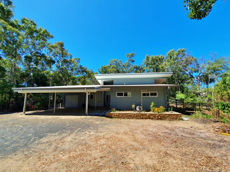 14 Plum Tree Crescent, Moore Park Beach, Qld 4670