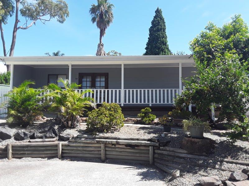 59 Warrina Avenue, Summerland Point, NSW 2259