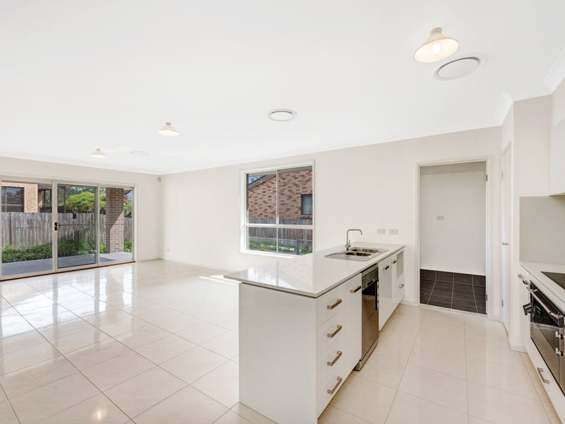 6a Kangaroo Avenue, Lake Munmorah, NSW 2259
