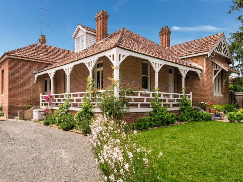10 Throsby Street, Moss Vale, NSW 2577