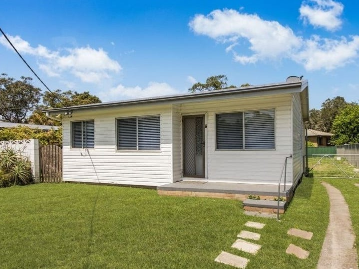 9 Crystal Street, Forresters Beach, NSW 2260
