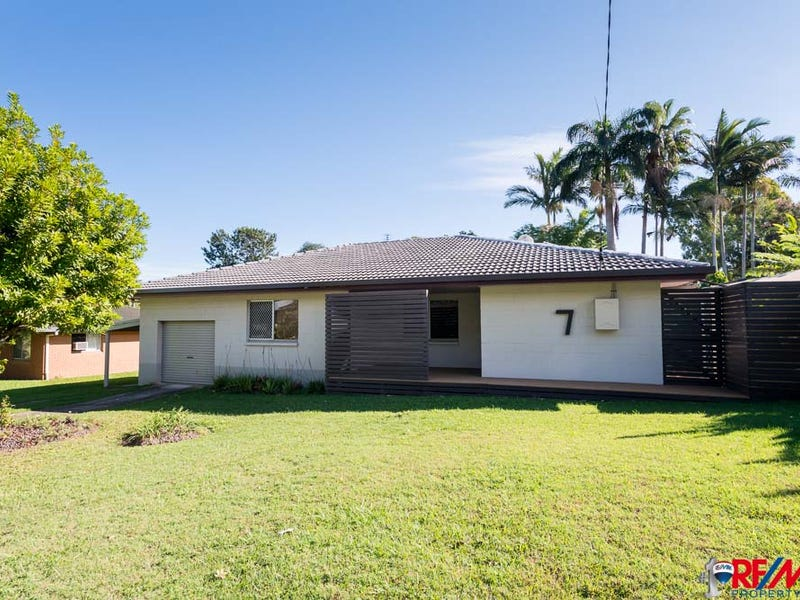 7 Olive Ct, Nambour, Qld 4560
