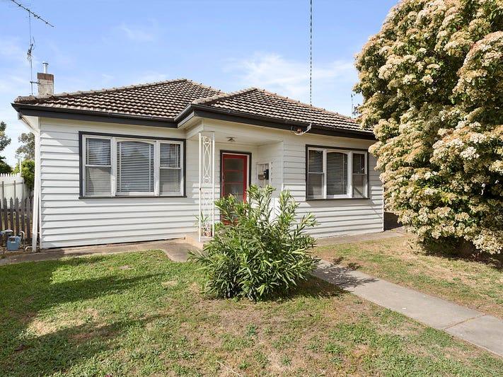 8 Gordon Street, Kangaroo Flat, Vic 3555