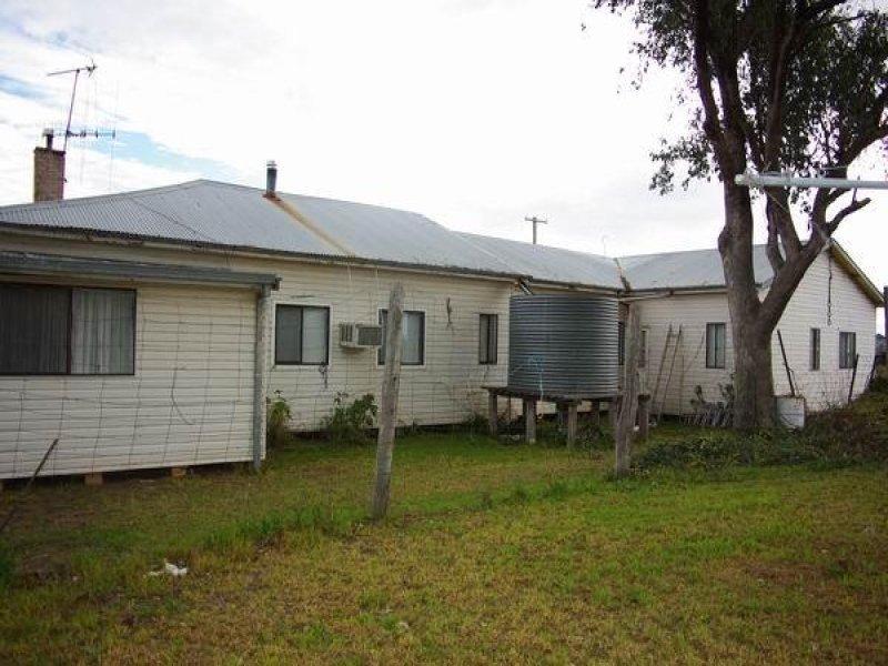 19 Apsley Crescent, Mumbil, NSW 2820