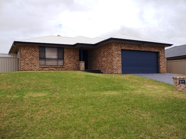 68 White Circle, Mudgee, NSW 2850