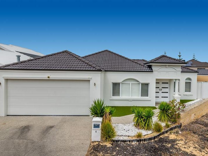 4 Hayling Road, Iluka, WA 6028