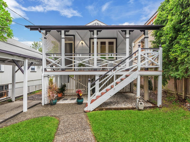 196 Norman Ave, Norman Park, Qld 4170