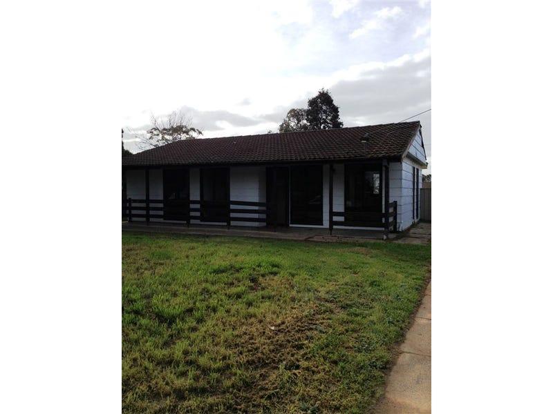 469 MACAULEY STREET, Hay, NSW 2711