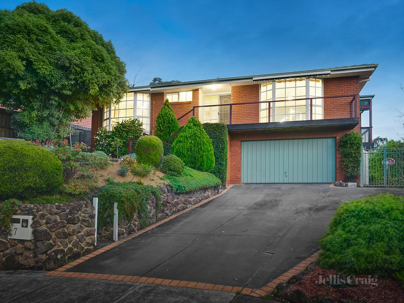 7 Pamela Place, Ringwood North, Vic 3134