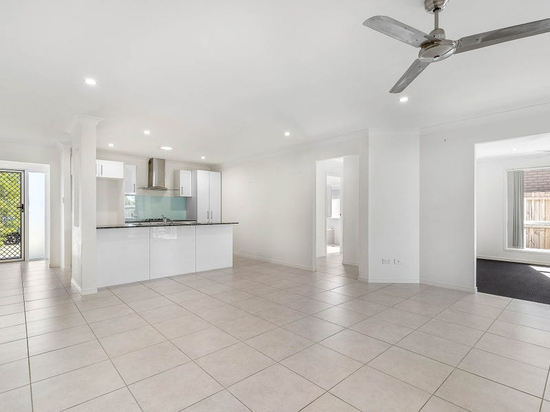 38 Feather Court, Morayfield