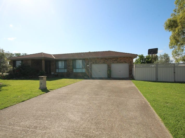 135 Edinburgh Drive, Taree, NSW 2430