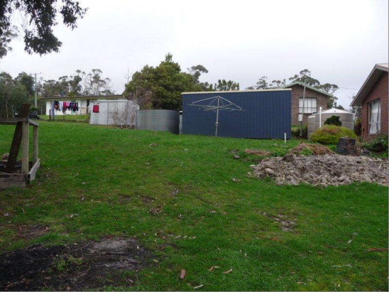 12 Sandrock Loop, Abels Bay, Tas 7112