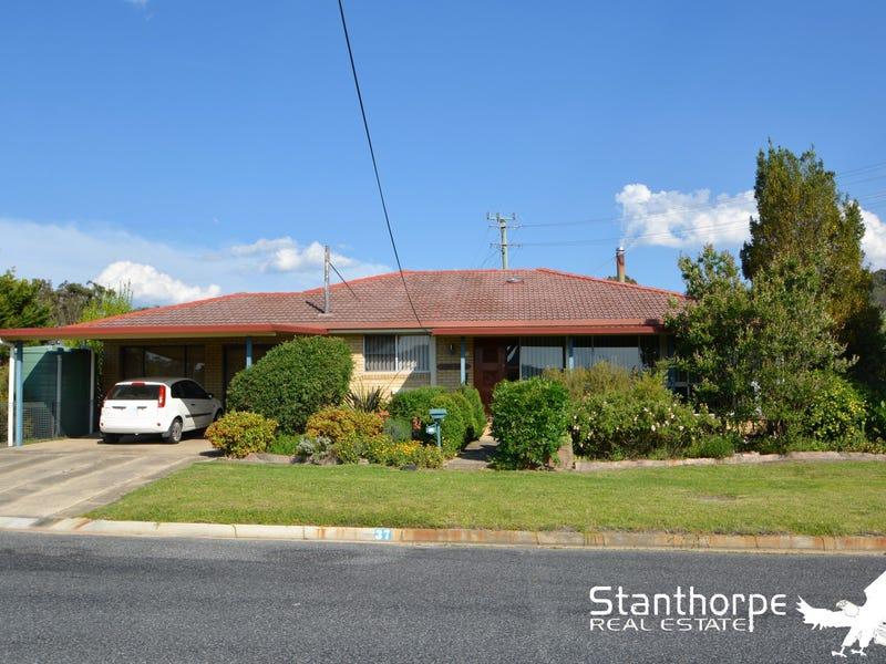 37 Pike Street, Stanthorpe, Qld 4380