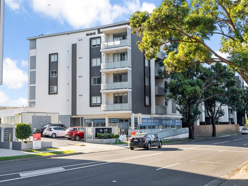 90/3-17 Queen St, Campbelltown, NSW 2560