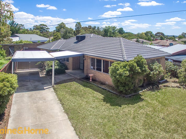42 Burke Road, Sunbury, Vic 3429