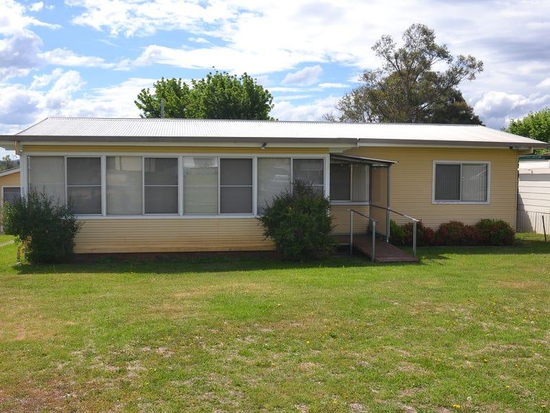 4 East Street, Inverell, NSW 2360