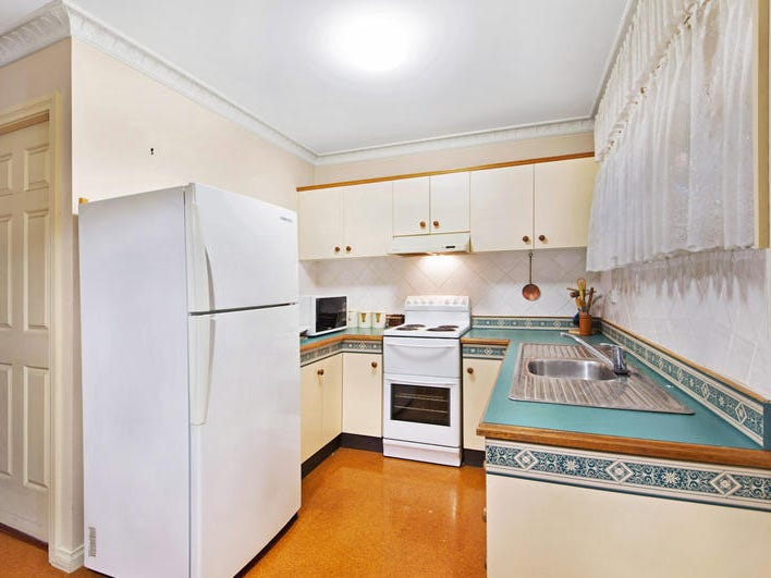 14/31 Cary Street, Wyoming, NSW 2250