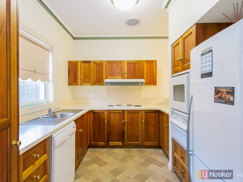 4/74 Sandy Bay Road, Battery Point
