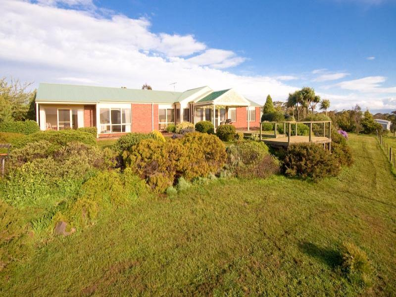 1328 Bacchus Marsh Road, Bullengarook, Vic 3437