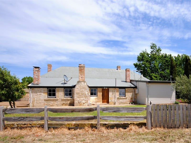 32 Bond Street, Ross, Tas 7209
