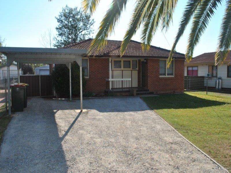 9 Lorraine Street, West Tamworth, NSW 2340