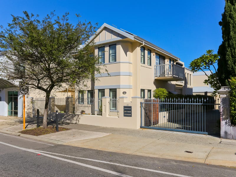 1/111 South Tce, Fremantle, WA 6160