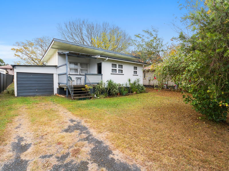 67 Woodford Street, One Mile, Qld 4305