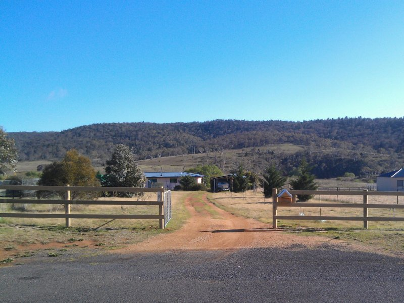 37 Snowy Creek Avenue, Cooma, NSW 2630