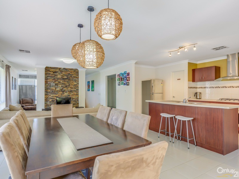 5 Kesiya Turn, Aubin Grove, WA 6164