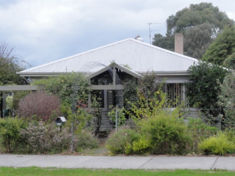 32 Welshpool Road, Toora, Vic 3962
