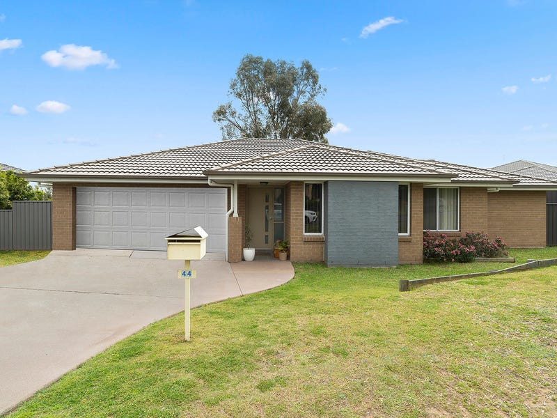 44 Jenna Drive, Raworth, NSW 2321