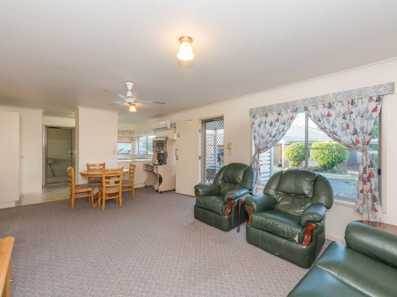 8/5 Williams Road, Svensson Heights, Qld 4670