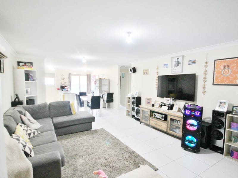 4D Yass Street, Young, NSW 2594
