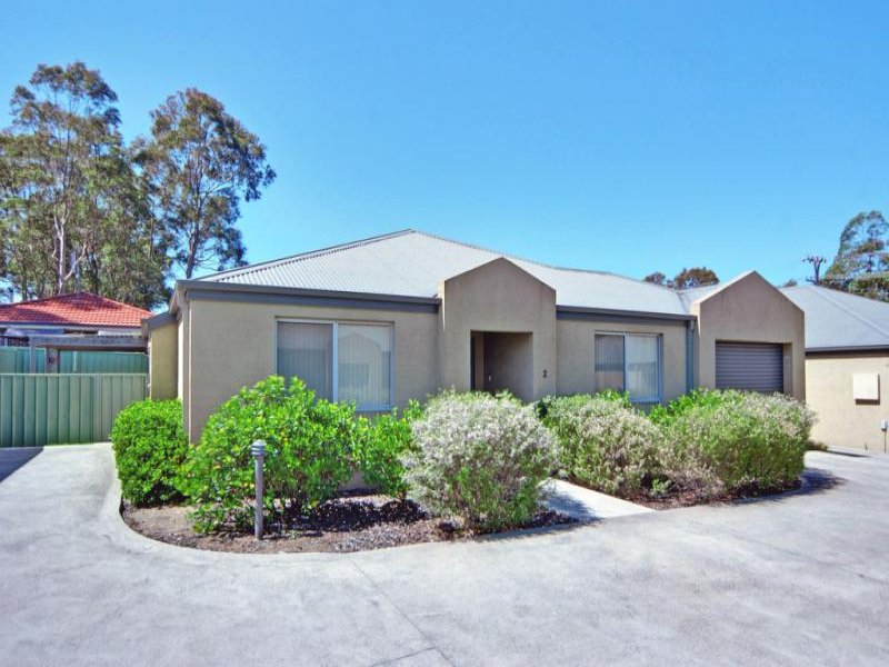 2/115 Hillcrest Avenue, South Nowra, NSW 2541