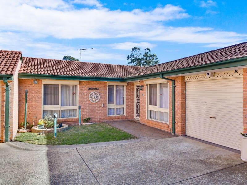 12/7 Hanlon Close, Minto, NSW 2566