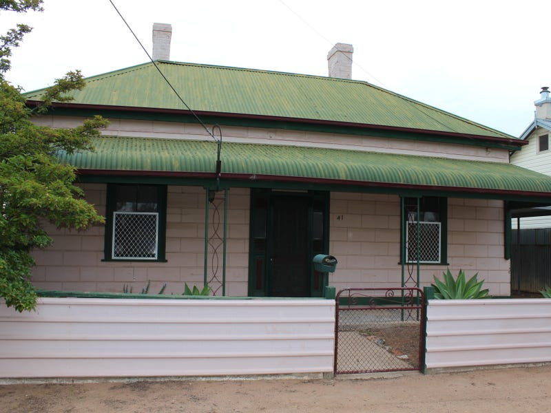 41 Three Chain Road, Port Pirie