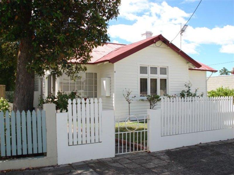 4 Smith Street, Devonport, Tas 7310