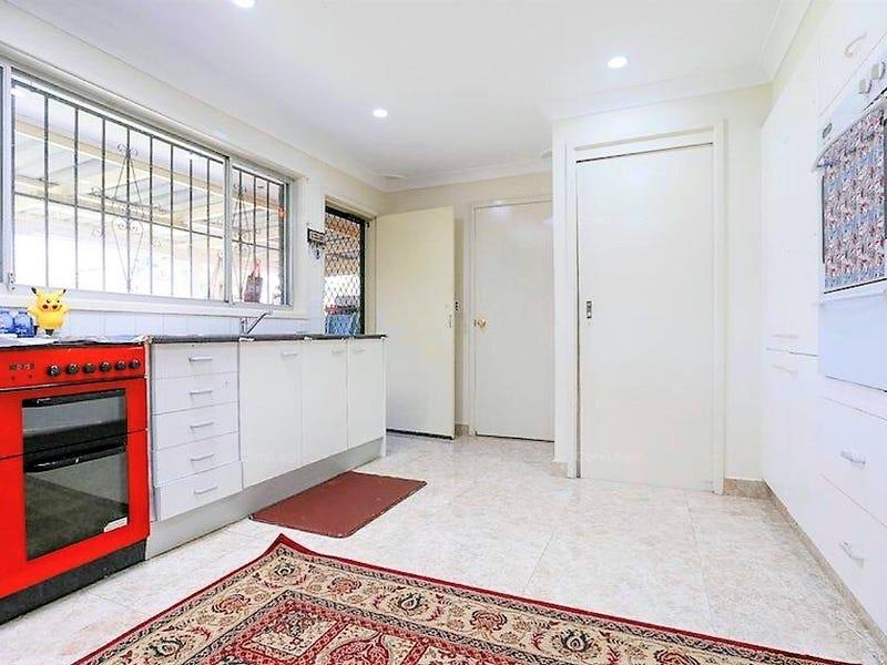 10 Johnston Avenue, Lurnea, NSW 2170
